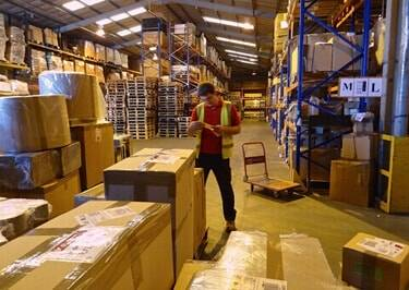 Groupage Shipping from Burton On Trent to Africa